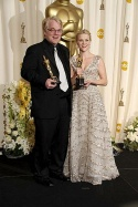 Phllip Seymour Hoffman & Reese Witherspoon