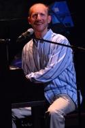 "Doug Cohen sings ""Glimmerglass"""