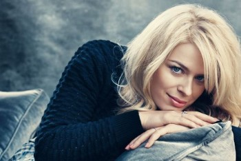 Undone with @AmandadeCadenet