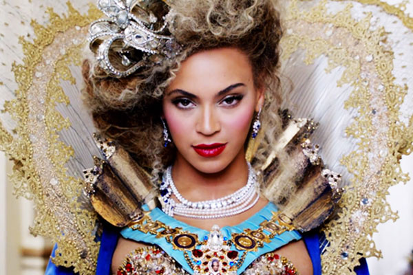 Beyonce: X10: The Mrs. Carter Show World Tour logo