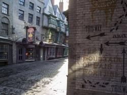 Harry Potter: The Making of Diagon Alley small logo