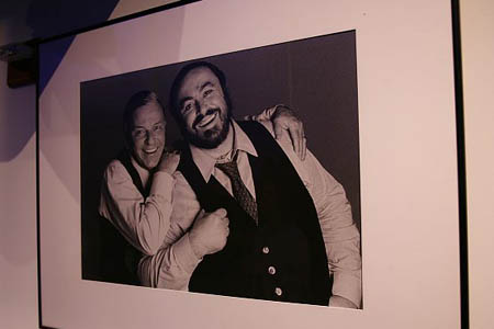 Portrait of Frank Sinatra and Luciano Pavarotti at Quest & Jones at Scavullo Gallery Opening