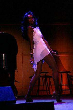 Jonelle Allen Photo