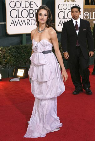 Mia Maestro