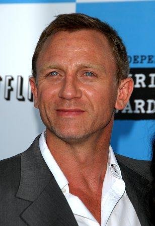 Daniel Craig Photo