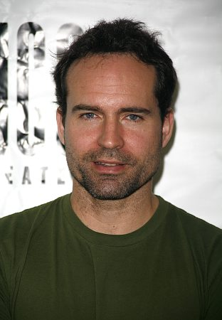 Either way, Jason Patrick (who is a mean old bitch, but used to look like ...