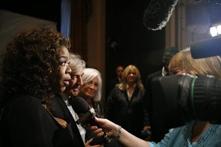 Oprah Winfrey and Elie Wiesel are interviewed at Elie Wiesel Foundation Humanity Dinner