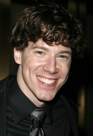 John Gallagher, Jr. Photo