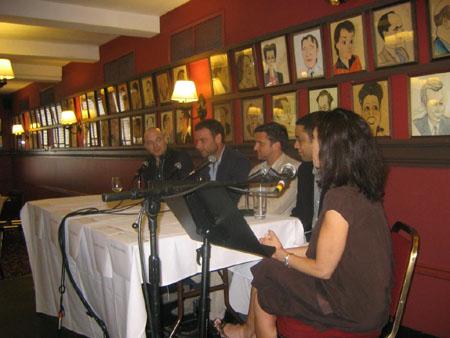 Michael Cerveris, Liev Schreiber, Raúl Esparza, Harry Lennix and Elyse Gardner at Drama Desk Leading Men Panel