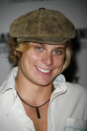 Billy Magnussen Photo