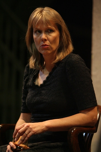 Photo Flash: 'August: Osage County' Opens Nov. 20 | 333 x 499 jpeg 70kB