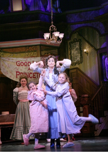 Jessica Rochwarger, Sophie Rudin (Tootie Smith), Brynn O'Malley (Esther Smith), Roni  Photo