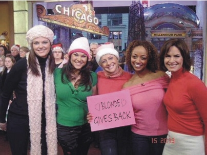 Legally Blonde The Musical cast members Kate Shindle, Tracy Jai Edwards, Nikki Snelson, Asmeret Ghebremichael & 'GMA' co-host Elizabeth Vargas at 'Legally Blonde' Warm Coat Drive