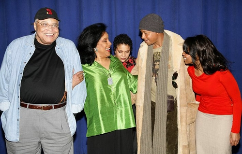l-r: James Earl Jones, Phylicia Rashad, Debbie Allen, Terrence Howard and Anika Noni Rose