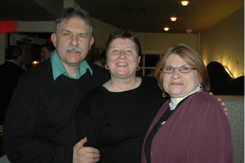 Howard and Mariann Linfante Jacobson (ASL interpreter) and Lois Weiner