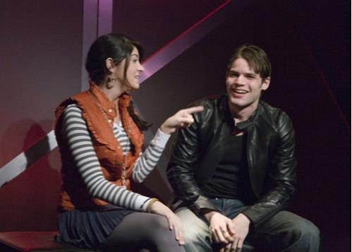 Amanda Perez and Jeremy Jordan