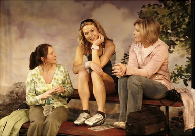 l-r: Deborah Sonnenberg, Caralyn Kozlowski and Nancy Ringham