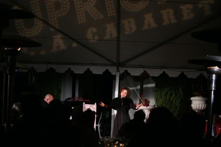 Jil Aigrot at  Upright L.A. Sings 'La Vie En Rose'