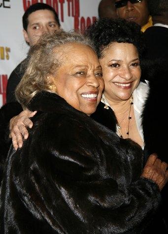 Debbie Allen and mother Vivienne