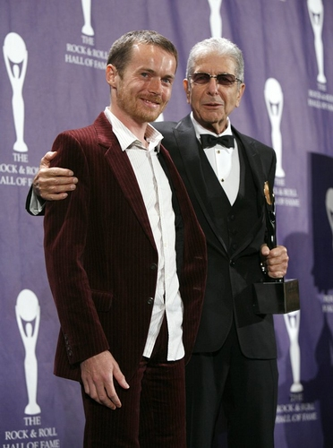 Damien Rice and Leonard Cohen at 2008 Rock & Roll Hall of Fame
