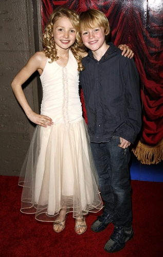 Peyton List and Spencer List