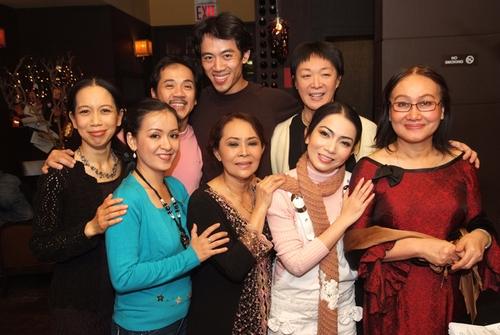 Thuc Hanh, Hai Phuong, Thanh Loc, Leon Le, Ngoc Dang, My Hang, Pan Asian Artistic Director Tisa Chang and Writer/Director Nguyen thi Minh Ngoc