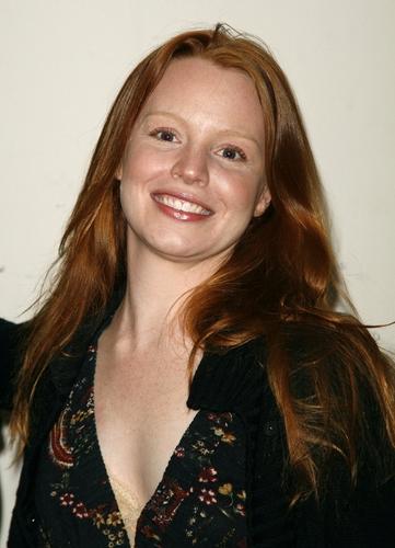 Lauren Ambrose Photo