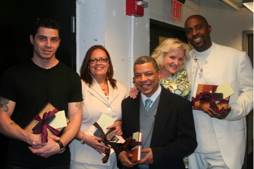 Christine Ebesole brought gifts for the cast while visiting the performers backstage. Casimiro Torres, Vilma Ortiz Donovan, Angel Ramos and Kenneth Harrigan