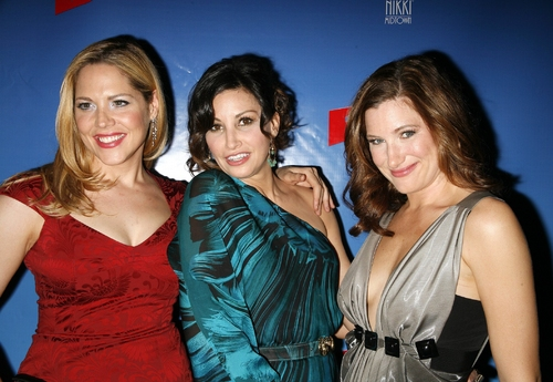 Mary McCormack, Gina Gershon, and Kathryn Hahn