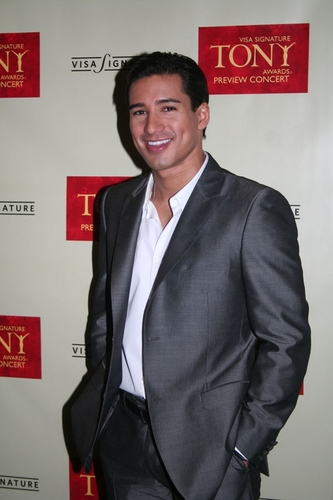 Mario Lopez Photo