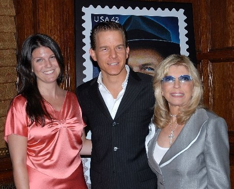 Christian Hoff with Nancy Sinatra and her daughter A.J. Lambert Photo