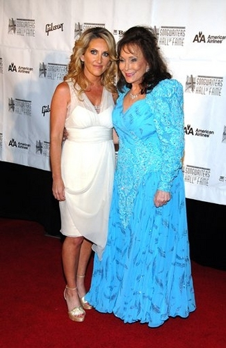 Lee Ann Womack and Loretta Lynn