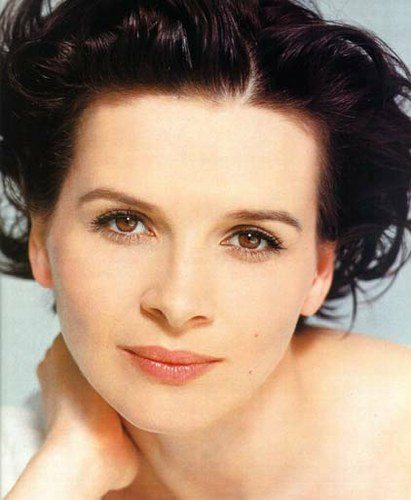 and Juliette Binoche, they have dark hair and pale skin.