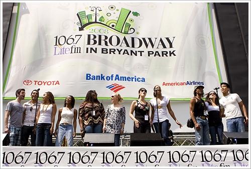 Photo Flash: 'Seasons of Love' RENT in Bryant Park