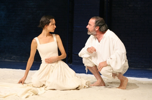 Elisabeth Waterston and Mandy Patinkin