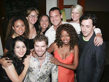 Julie Garnye, Tracie Thoms, Alice Ripley, Upright Cabaret fan, Tom Lowe, Jen Melanke, Alan Cumming, Lance Horne and Jennifer Leigh Warren