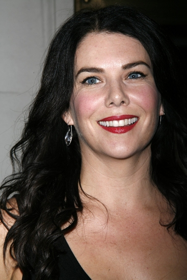 Gilmore Girl's Lauren Graham to Star as Miss Adelaide in GUYS & DOLLS