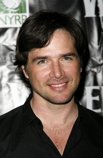 Matthew Settle Photo