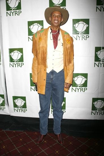 Kareem Abdul-Jabbar at Bette Midler's  HULAWEEN 2008