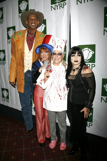 Kathy Griffin, Kareem Abdul-Jabbar, Bette Midler and Gloria Estefan at Bette Midler's  HULAWEEN 2008