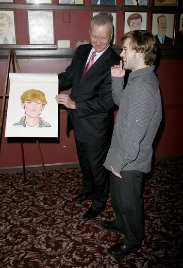 Photos: AMERICAN BUFFALO Stars View Sardi's Portraits