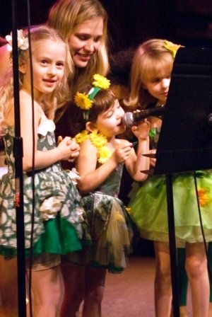 Co-Artistic Director Tiffany Little Canfield with SRT's Little Fairies
