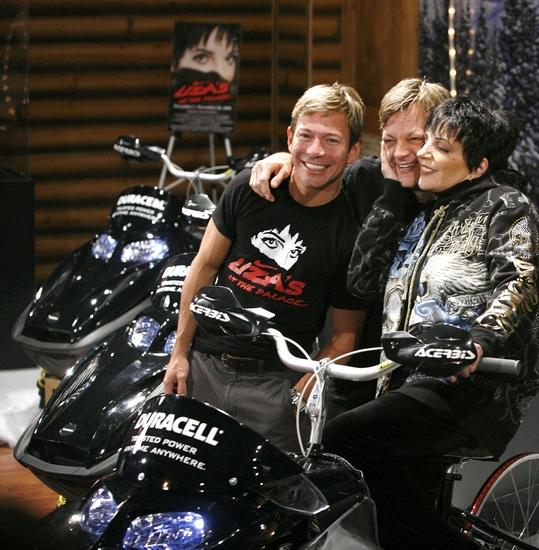 Photo Coverage: Liza Minnelli 'Pedals for Power' for BC/EFA