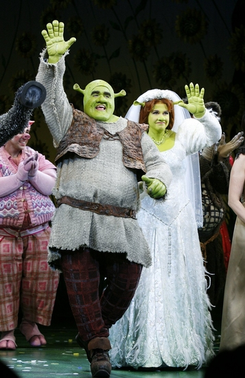 Photo Coverage Shrek The Musical Opening Night Curtain Call