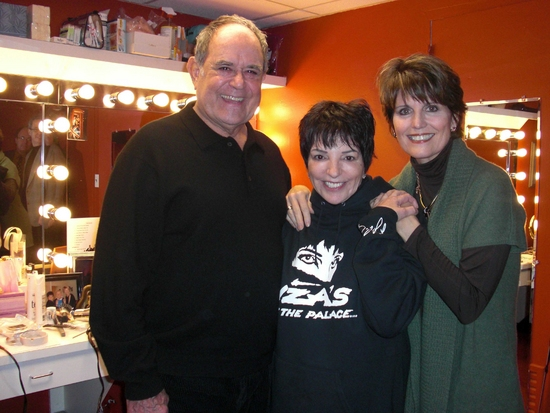 Lawrence Luckinbill, Liza Minnelli and Lucie Arnaz
