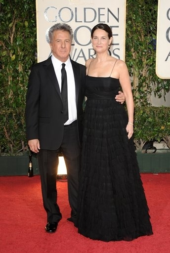 Dustin Hoffman and Lisa Hoffman  at 66th ANNUAL GOLDEN GLOBES - The Arrivals