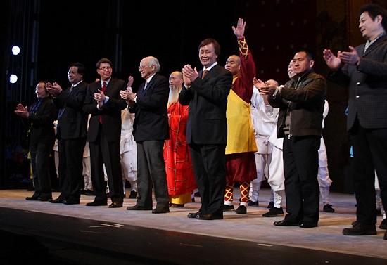 Robert Nederlander Jr. welcome the China On Broadway team to Broadway