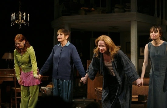 Photo Coverage: Elizabeth Ashley Joins AUGUST:OSAGE COUNTY