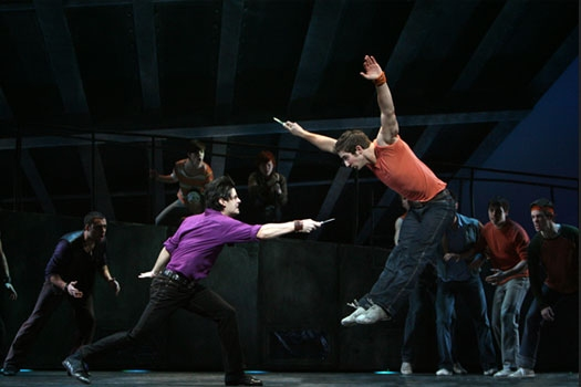 Photo Flash: New Production Images of WEST SIDE STORY