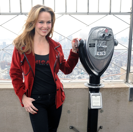 Photo Flash: CHICAGO's Melora Hardin Helps The Empire State Building 'GO RED'